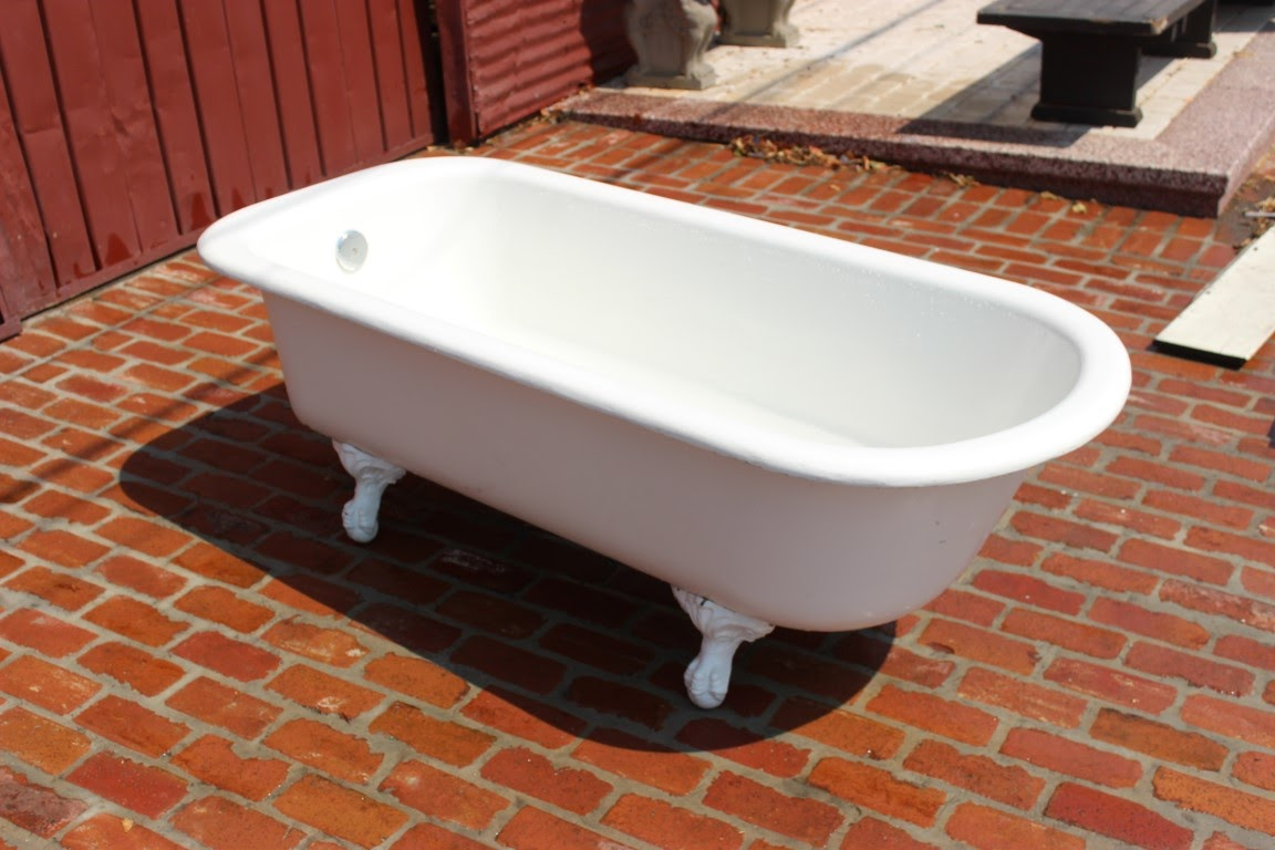 Vintage clawfoot tub 22 41 placmakers inc for Tub materials