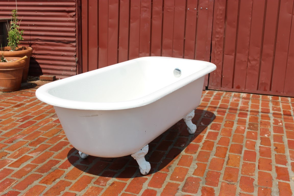 Vintage clawfoot tub 22 41 placmakers inc for Bathtub materials
